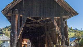 Podul-acoperit-din-Cosbuc