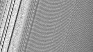 inelele-planetei-Saturn-1-1041x644